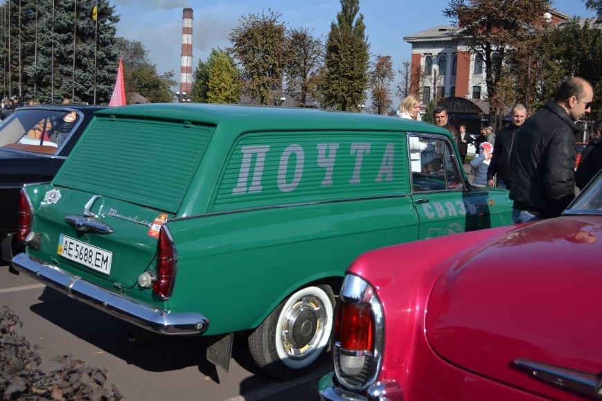 В Днепродзержинск съехались ретро-автомобили, фото-7