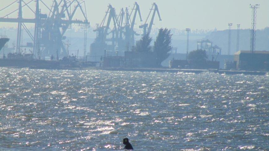 На мариупольском пляже наблюдалась золотая лихорадка (ФОТОФАКТ) (фото) - фото 1