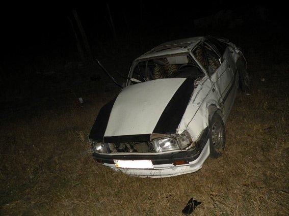 На Очаковской трассе перевернулось легковушка: водитель погиб мгновенно (ФОТО) (фото) - фото 3