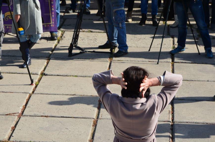 В Мариуполе состоялся массовый политический митинг. Демократические силы боролись с регионалами (ФОТОРЕПОРТАЖ+ВИДЕО), фото-38