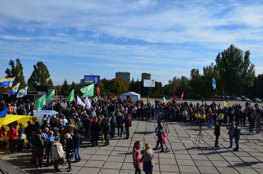 В Мариуполе состоялся массовый политический митинг. Демократические силы боролись с регионалами (ФОТОРЕПОРТАЖ+ВИДЕО), фото-17