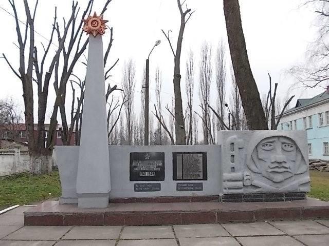 В Киевской области застройщик уничтожил памятник-могилу жертв Второй мировой (ФОТО), фото-2