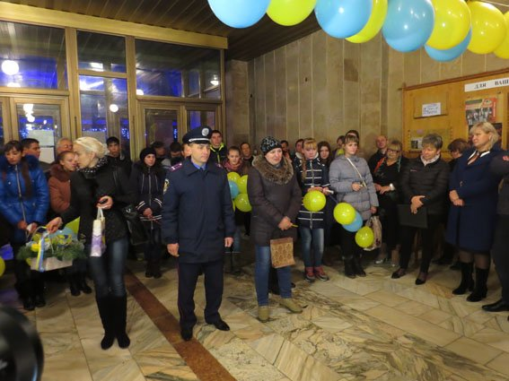 Дети из прифронтовых сел доехали во Львов (ФОТО) (фото) - фото 1