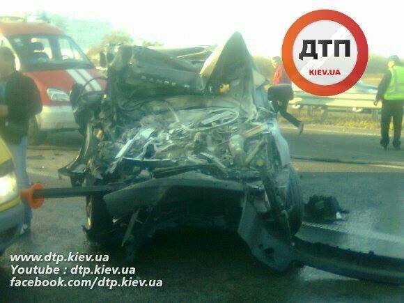 Под Киевом водитель Range Rover опрокинул грузовик (ФОТО), фото-3