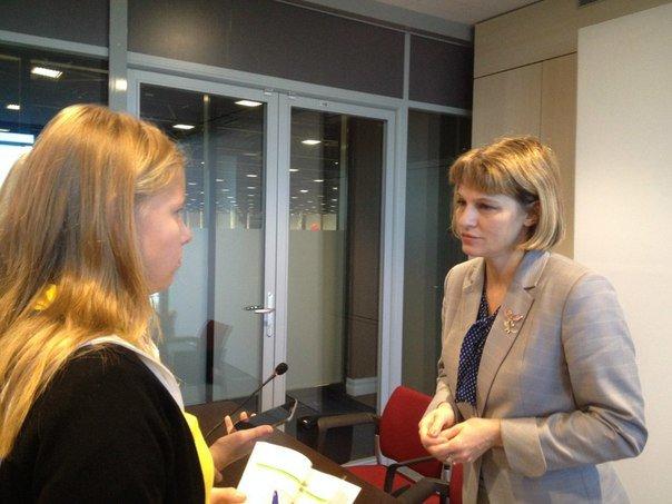 Интервью с Натальей Губковой в рамках круглого стола «JuniorSkills» в Экспофоруме (фото) - фото 2