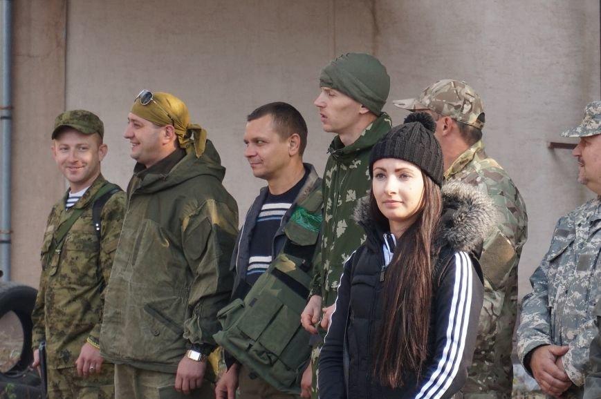 Криворожанки на выходных искали в заброшенном здании «сепаров» и преодолевали полосу препятствий (ФОТО) (фото) - фото 1