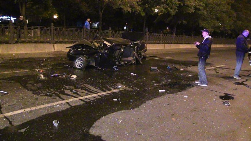 ДТП в Днепропетровске: в центре города на перекрестке столкнулись два авто. Один из автомобилей - милицейский (ФОТО), фото-5