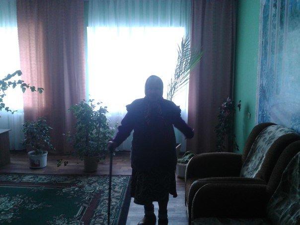 Гуманитарный штаб помощи переселенцам посетил Белицкий дом-интернат (ФОТО) (фото) - фото 1