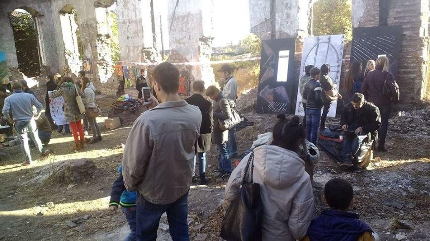 В развалинах мариупольской синагоги художники смогли вырваться из «Плена» (Фотофакт), фото-3