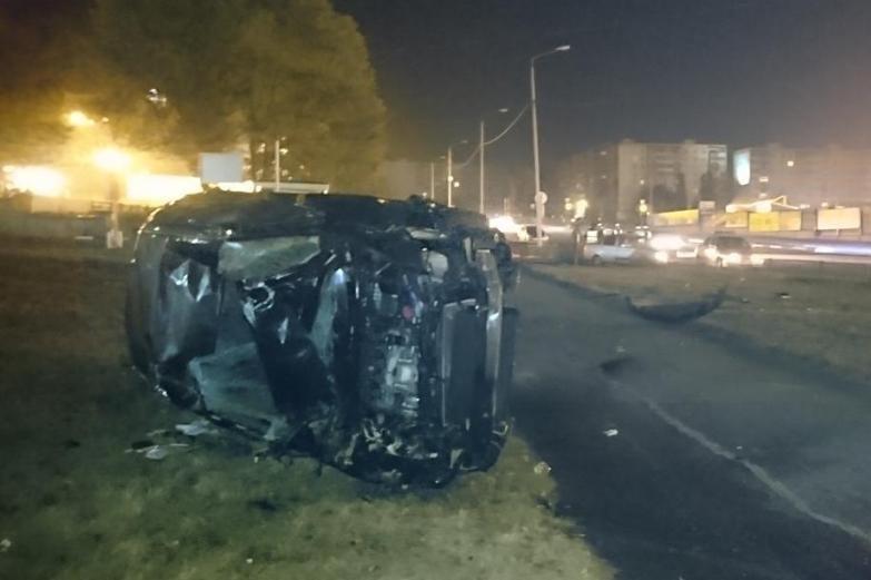 В Белгородской области нетрезвый водитель врезался в киоск «Роспечать» (фото) - фото 1