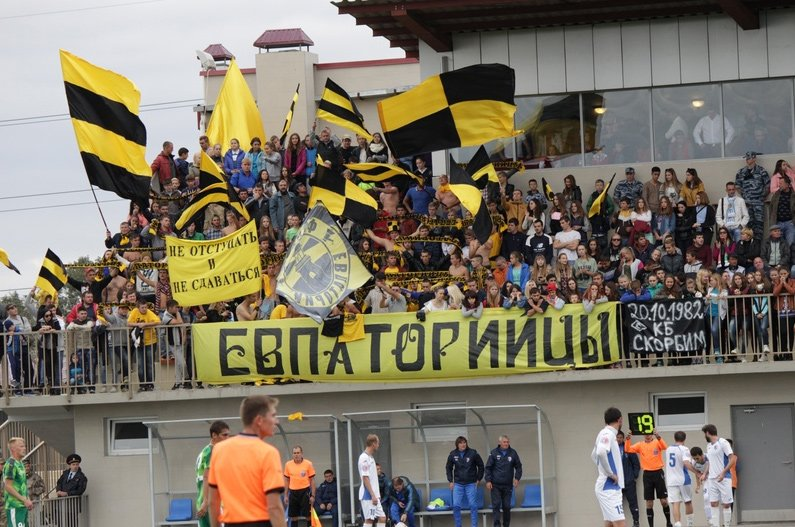 Севастопольские футболисты проиграли в Феодосии местной «Кафе» (ФОТО) (фото) - фото 5