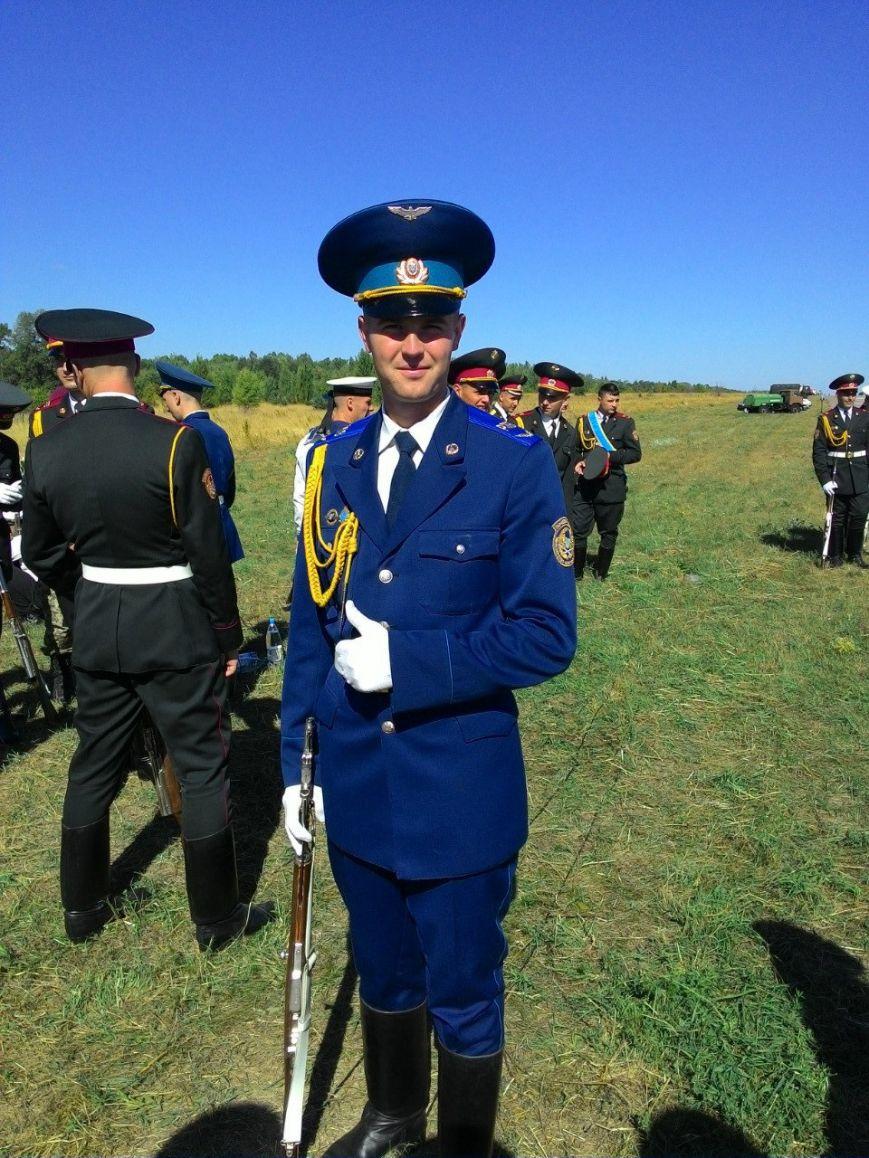Буковинець служить у Президентському полку (фото) - фото 1
