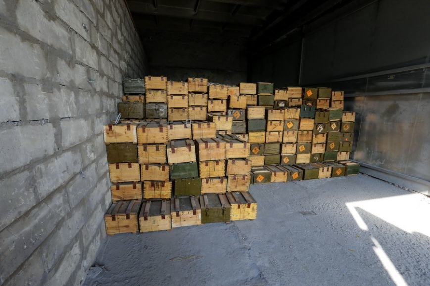 Павлоградская фирма «Безпека» вместо утилизации капсюлей к патронам, продавала их за границу (фото) - фото 1