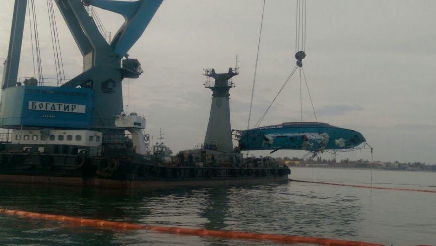 Затонувший катер «Иволга» подняли с морского дна (+фото) (фото) - фото 3