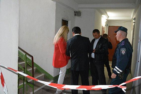 Взрыв в николаевской многоэтажке: в квартире вынесло окна и двери (ФОТО) (фото) - фото 1