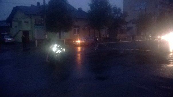 Невідомий збив літнього чоловіка і втік з місця ДТП (ФОТО) (фото) - фото 1