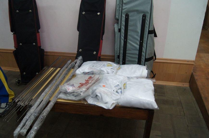 В Николаеве спортсменам-фехтовальщикам с особыми потребностями закупили спортоборудование (ФОТО) (фото) - фото 1
