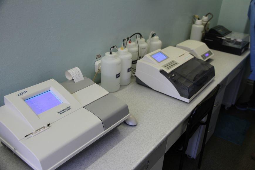 В Николаеве появился уникальный автоматический анализатор крови, который проводит 400 тестов в час (ФОТО), фото-9