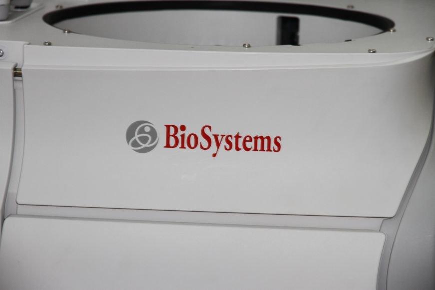 В Николаеве появился уникальный автоматический анализатор крови, который проводит 400 тестов в час (ФОТО), фото-4