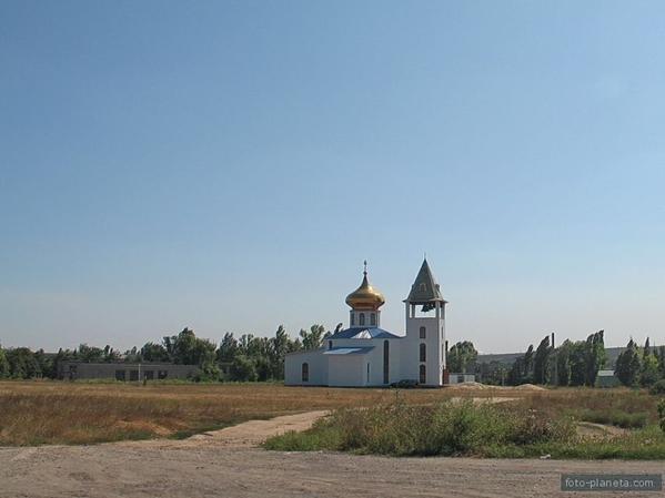 Под Донецком страшный пожар уничтожил церковь (ФОТО, ВИДЕО) (фото) - фото 1