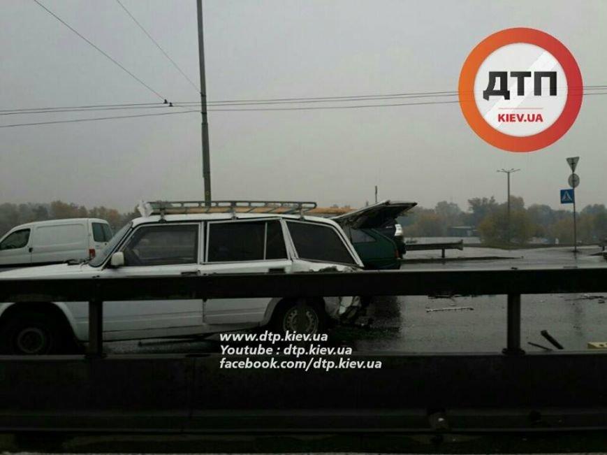 Масштабное ДТП парализовало движение на Московском мосту (ФОТО), фото-3