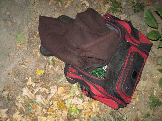 Серийный вор-домушник в Чернигове спрятался от милиции под подушками (фото) - фото 1