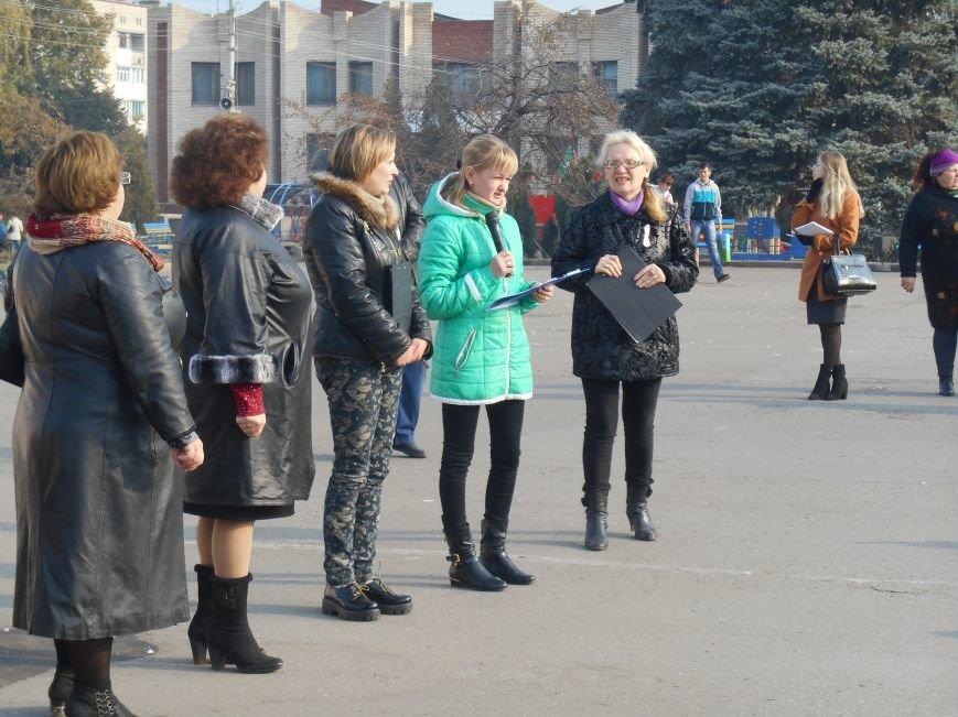 В Славянске прошла акция, посвященная Всеукраинскому Дню борьбы с раком молочной железы (фото) - фото 6
