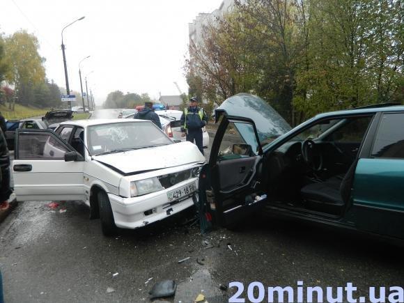 Кривава ДТП: у Тернополі зіткнулися два автомобілі (ФОТО) (фото) - фото 1