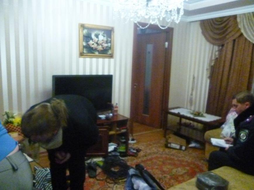 Перед выборами в Красноармейске неспокойно: ограблена квартира кандидатов в депутаты от местной партийной организации ВО «Батьківщина» (фото) - фото 3