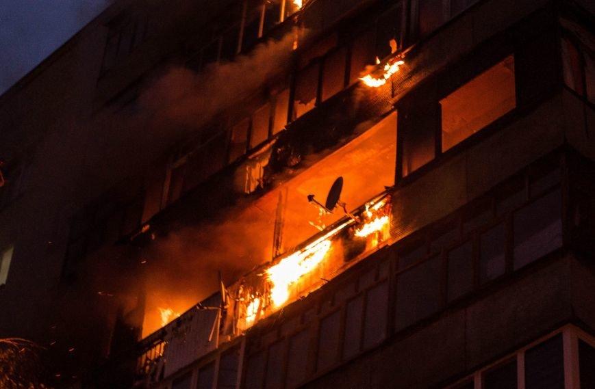 Крупный пожар в жилом доме на Кожара: сгорели несколько балконов  (ФОТО), фото-8