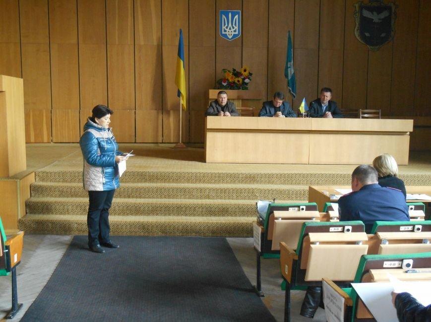 Городской совет провел заседание по вопросам безопасной жизнедеятельности населения (фото) - фото 2