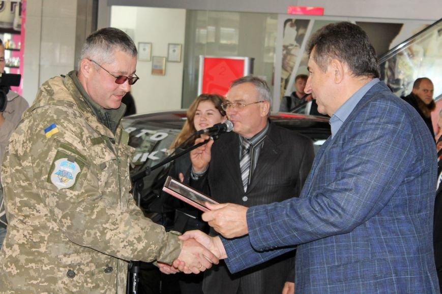 Олександр Удовіченко відвідав фотовиставку воїнів АТО (фото) - фото 7
