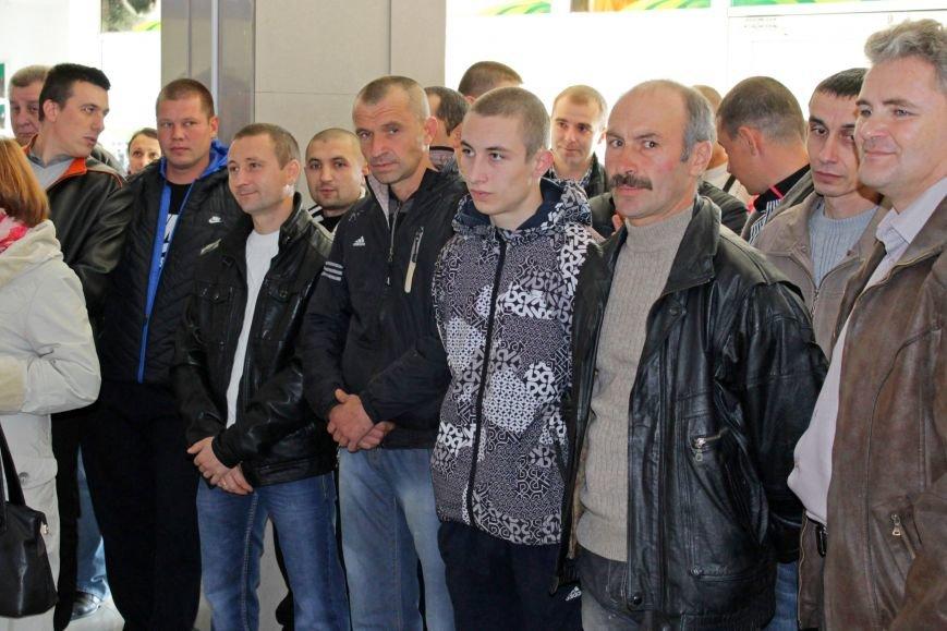 Олександр Удовіченко відвідав фотовиставку воїнів АТО (фото) - фото 5