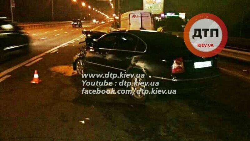 На Московском мосту пьяный водитель протаранил три автомобиля (ФОТО), фото-1