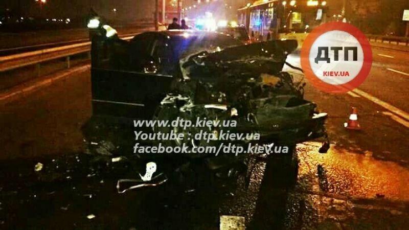 На Московском мосту пьяный водитель протаранил три автомобиля (ФОТО), фото-3