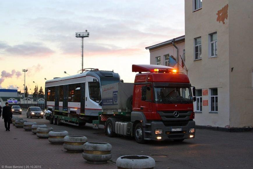 Сегодня, 21 октября, в трамвайное депо прибудут новые вагоны City Star (фото) - фото 3
