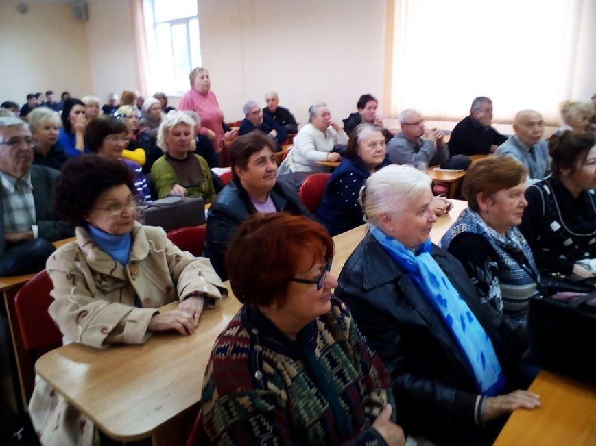 Сергей Кивалов: «Мы сумеем успешно реализовать все наши социальные программы» (ФОТО) (фото) - фото 2