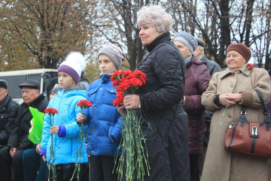 Днепродзержинск отмечает 72-ю годовщину освобождения города от немецко-фашистских захватчиков, фото-13