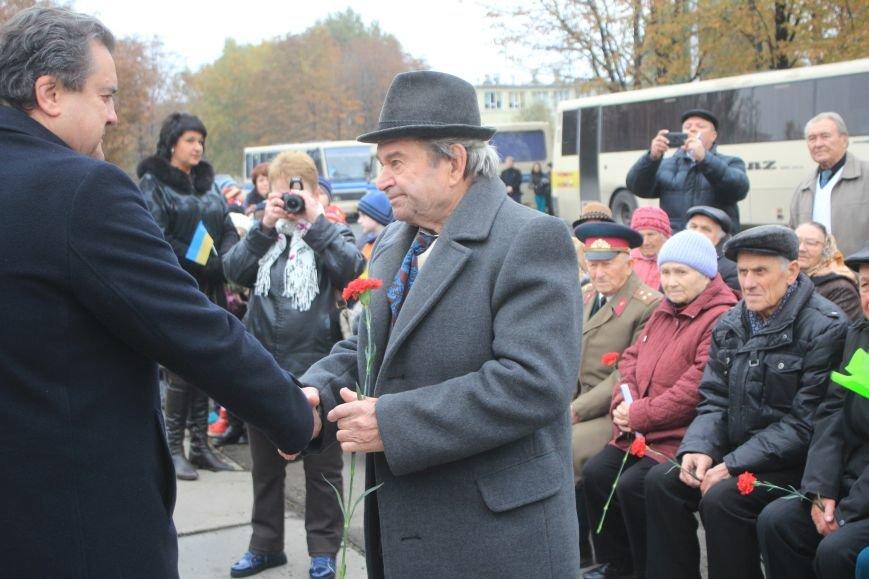 Днепродзержинск отмечает 72-ю годовщину освобождения города от немецко-фашистских захватчиков, фото-17