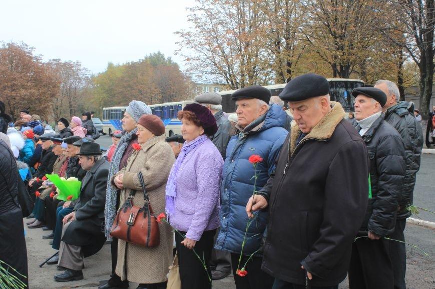 Днепродзержинск отмечает 72-ю годовщину освобождения города от немецко-фашистских захватчиков, фото-3