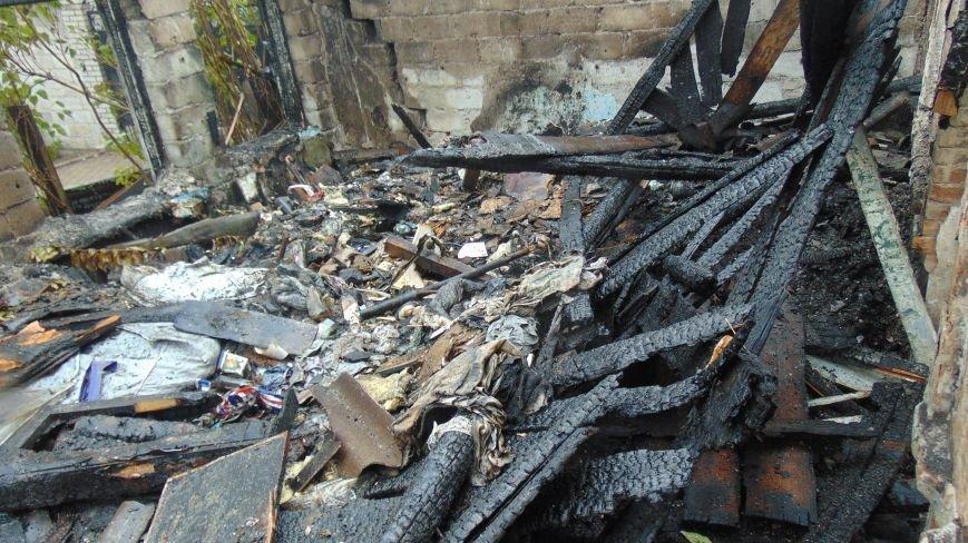 В Мариуполе  шестой пожар возник в «заколдованном» здании  детского сада (ФОТОФАКТ) (фото) - фото 1