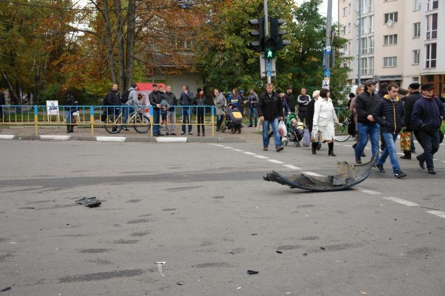 Заступник військового комісара на швидкості збив вагітку жінку і намагався втікти з містя ДТП (ФОТО) (фото) - фото 1