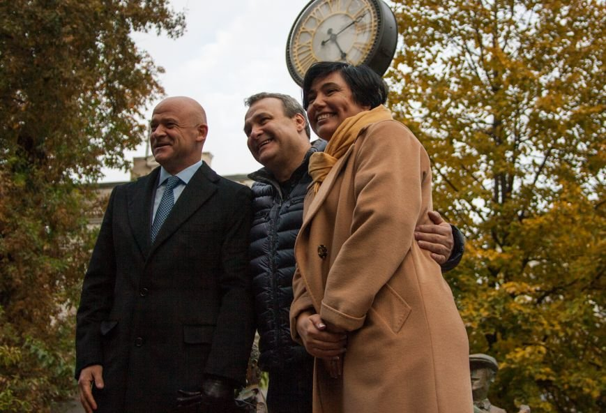 В одесском горсаду заработали гигантские часы (ФОТО) (фото) - фото 5