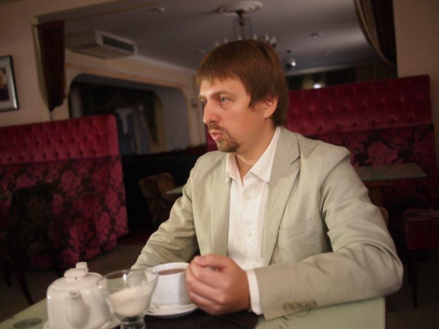 В гостях проекта «Лица» - Максим Бородин, человек-магнит, притягивающий к себе талантливых и честных людей (фото) - фото 6