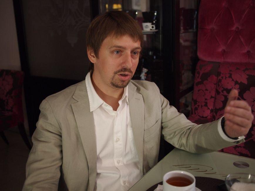 В гостях проекта «Лица» - Максим Бородин, человек-магнит, притягивающий к себе талантливых и честных людей (фото) - фото 1