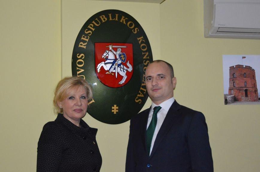 Почесне консульство Литовської Республіки відкрили в Івано-Франківську (ФОТО) (фото) - фото 6