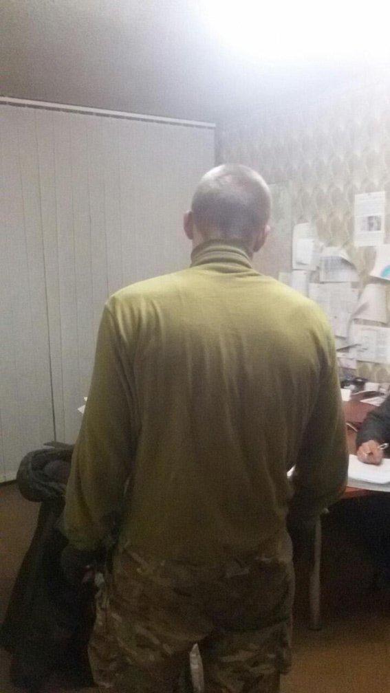 Милиция задержала харьковчанина,напавшего на агитаторов (фото) - фото 1