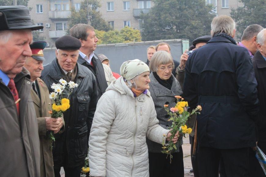 В Днепродзержинске почтили подвиг освободителей города от немецко-фашистских захватчиков, фото-10