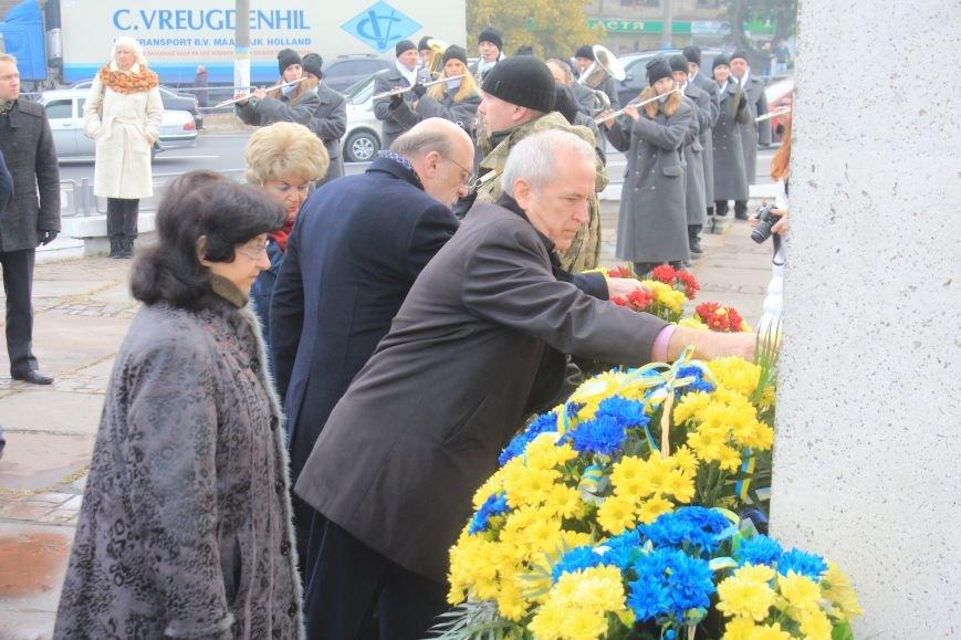 В Днепродзержинске почтили подвиг освободителей города от немецко-фашистских захватчиков, фото-8