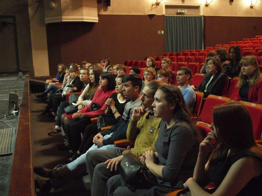 Студенты обсудили «Фауста» вместе с актерами постановки (фото) - фото 2